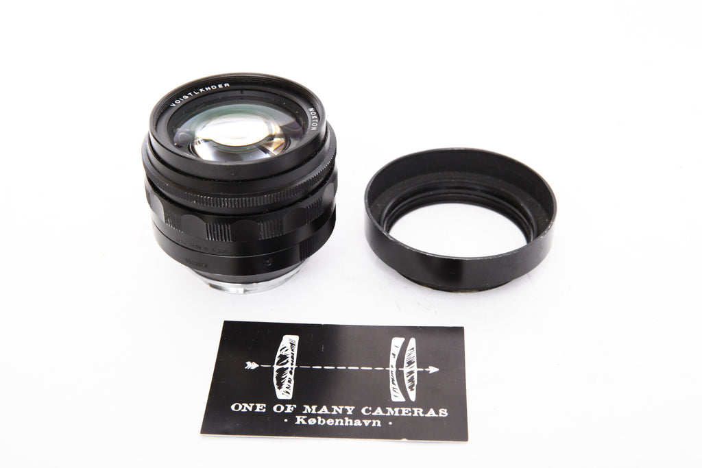 Voigtlander 50mm f1.1 Nokton with hood - for Leica M