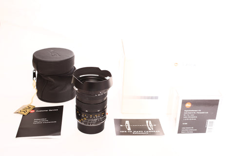 Leica 28-35-50mm f4 Tri-Elmar-M ASPH Version II 11625 with Hood A 53 12450