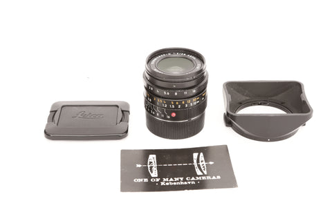 Leica M 28mm f2.0 Summicron ASPH with hood 12451
