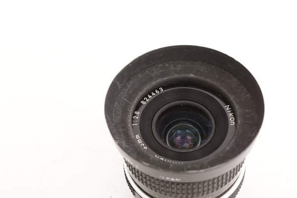 Nikon 35mm f2.8 with hood HN-1