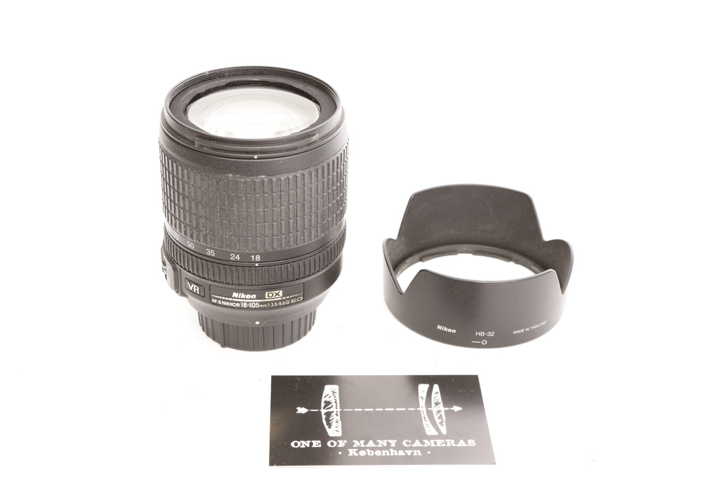 Nikon 18-105mm f3.5-5.6 AF-S G ED VR with hood HB-32
