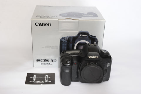 Canon EOS 5D with box