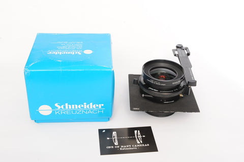 Schneider 65mm f5.6 Super-Angulon Multicoating in Prontor Professional 01s shutter on Toyo lens board with box