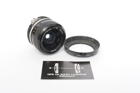 Nikon 24mm f2.8 Nikkor with hood HN-1