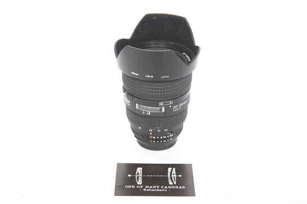Nikon 20-35mm f2.8 AF D with HB-8 hood