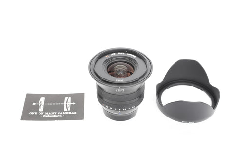 Zeiss 12mm f2.8 Touit with hood - Fuji XF