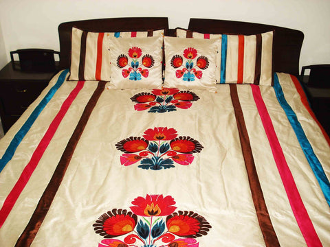"Colourful floral applique embroidered quilt/bedspread in the size 100""x108"" - TATVAKALA Home"