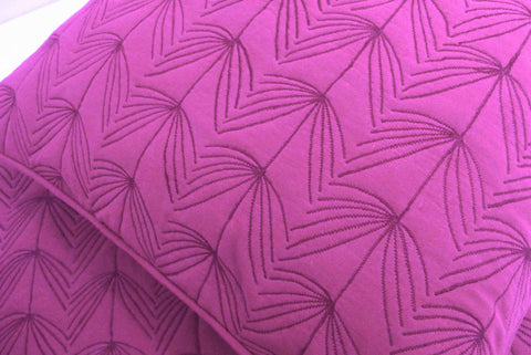 "Cotton fushia /pink  twin size quilted bedspread with 2 pillows in size 108""x90"" and 20""X26"" - TATVAKALA Home"