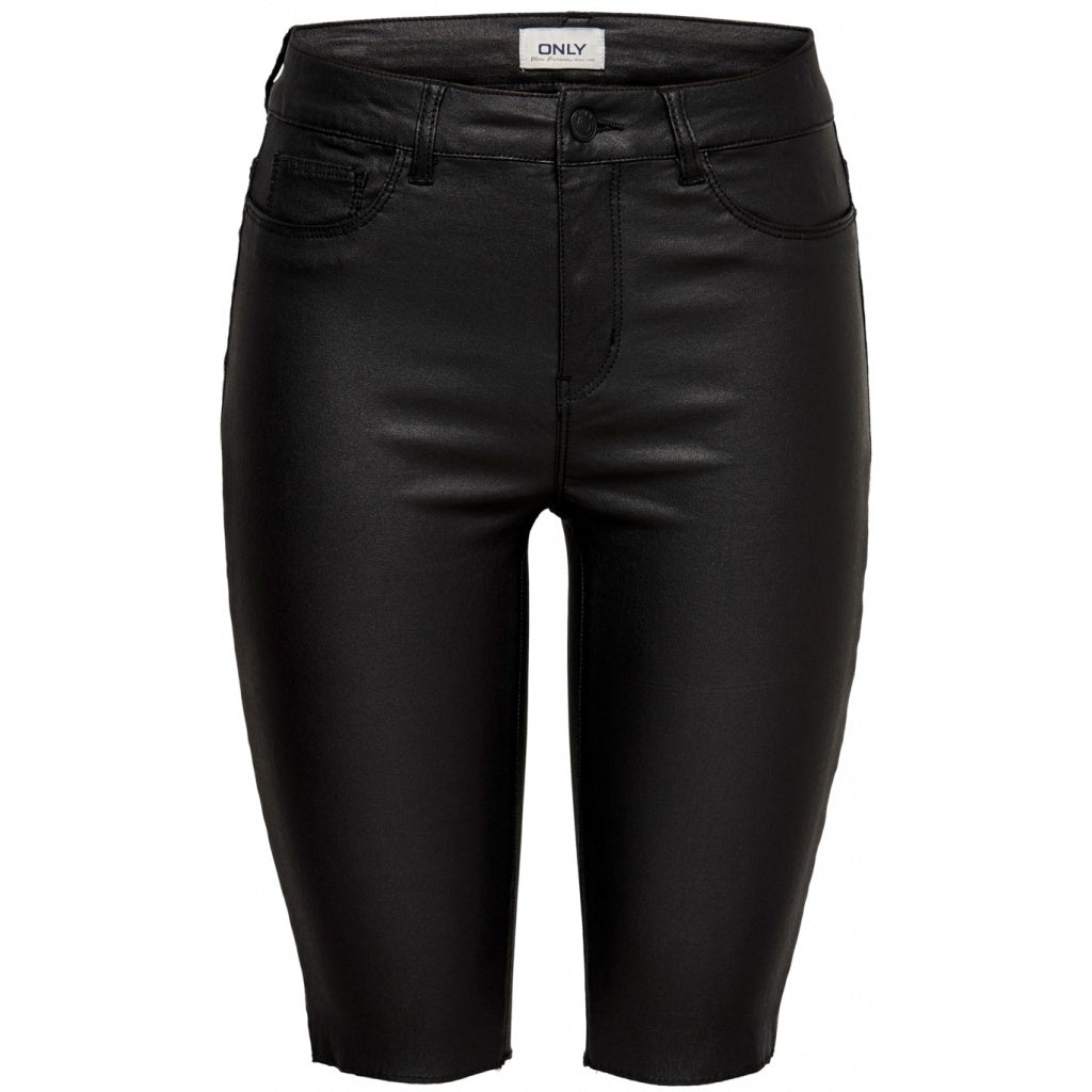 Image of   ONLY Anne Coated Shorts - Black - L