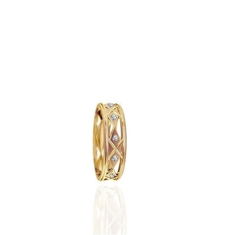 Ladies Flush Set Yellow Gold Wedding Band