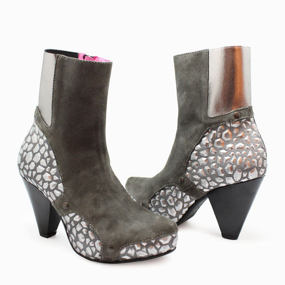 Grande Marnier - Grey/Silver Hexagon-LAST PAIR 37!