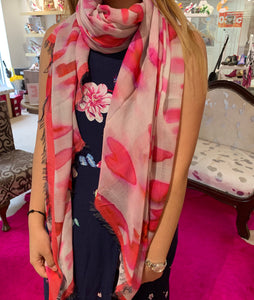 Scarf- love hearts