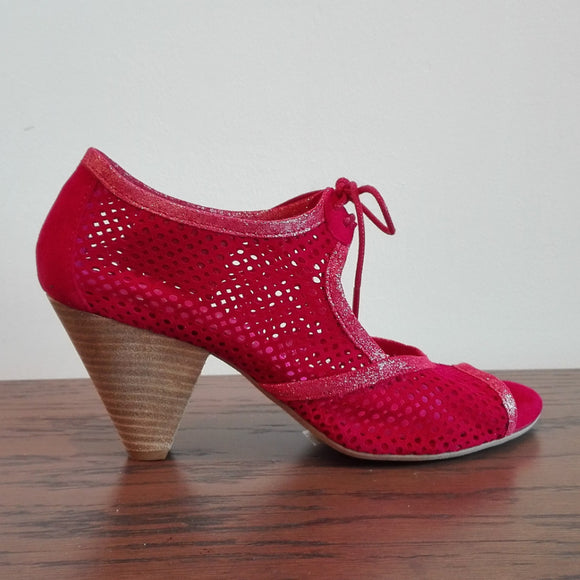 Gateau-red suede