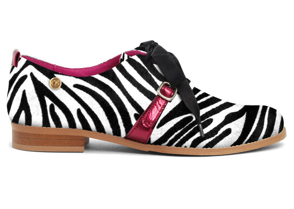 Excuse moi - Zebra cow hide