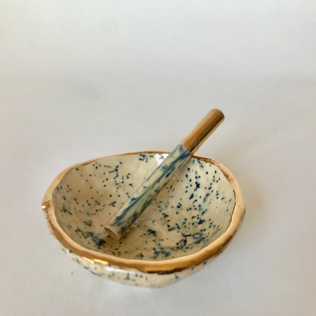 Speckled Dark Blue | One Hitter + Flower Dish
