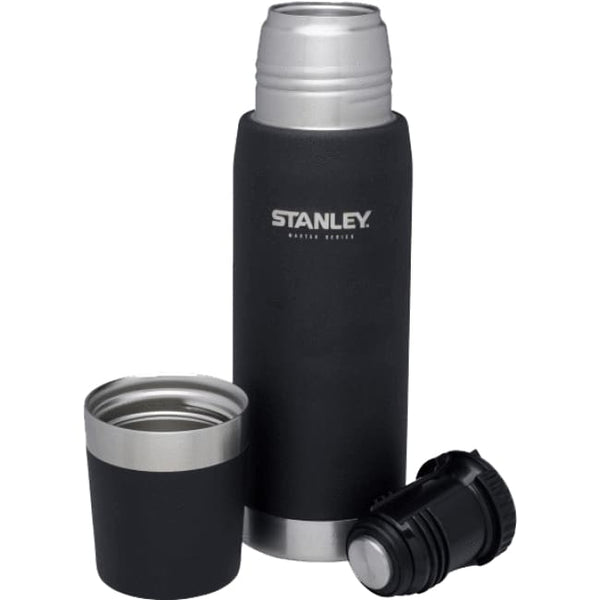 Stanley MASTER Vacuum Bottle - 0.7L, Black - Thermo Hero
