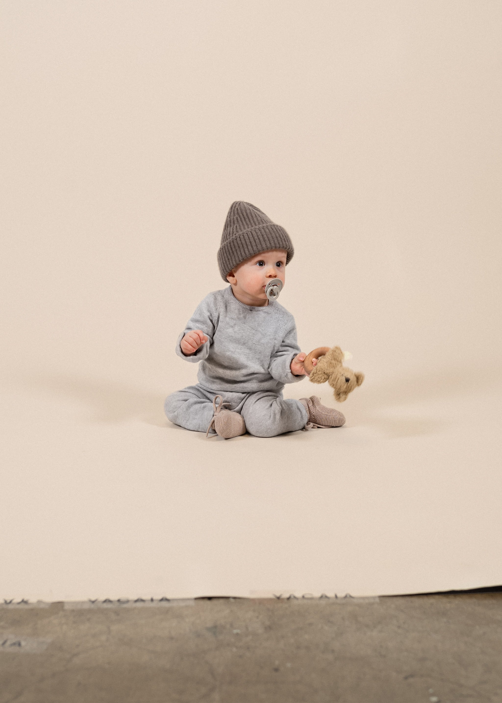 Y-0006 Kids Beanie - Brown