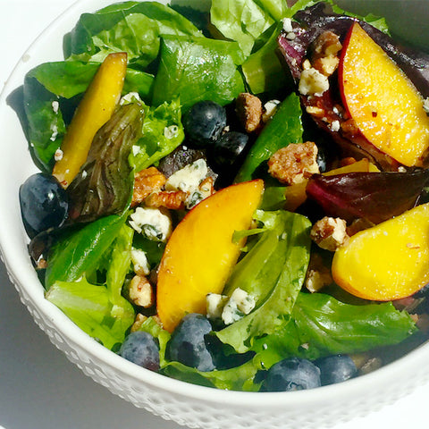 Candied Pecan Peach Salad