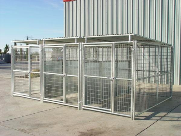 Heavy Duty Outdoor Multiple Run Dog Kennel With Roof Shelters And Fight  Guard Divider