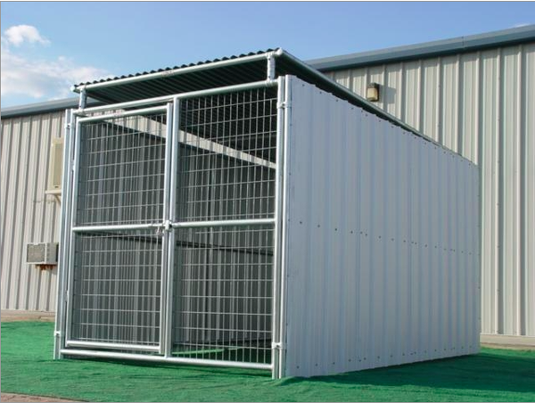Heavy duty outdoor enclosed dog kennel with roof shelter for Carport dog kennels