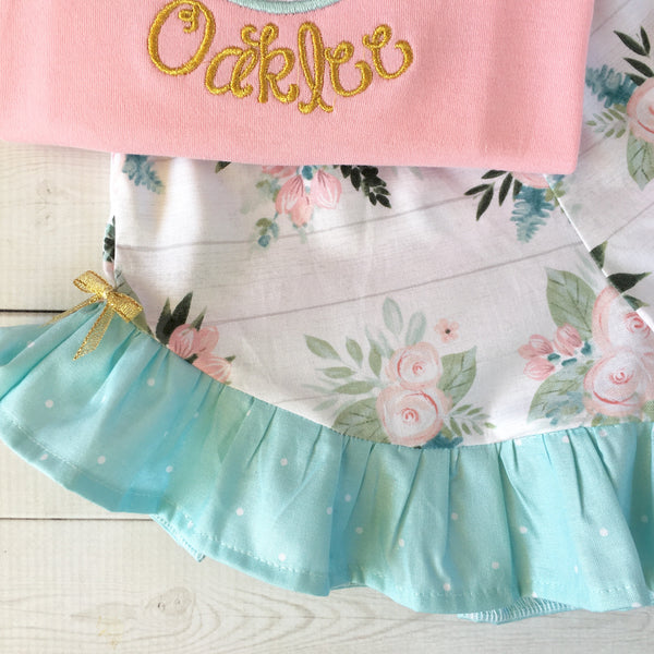 Gorgeous princess outfit for girls, toddlers and babies. Gold crown covered in glitter pink flowers customized with full name. Ruffled floral shorts are perfection!