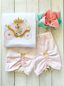 Gorgeous princess outfit for girls, toddlers and babies. Cinderella -like carriage done in pink petals, topped with gold glitter crown. Floral peek a boo shorts are perfection!