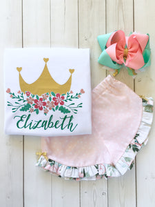 Gorgeous princess outfit for girls, toddlers and babies. Gold crown covered in glitter pink flowers customized with full name. Ruffled pink petal shorts are perfection!