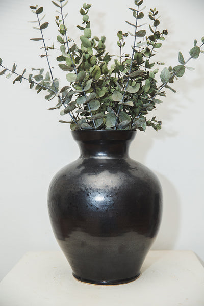 Black Table Vase