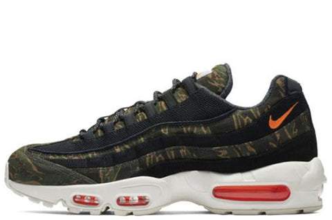 Air Max 95 x Carhartt Camo Green