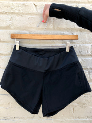 Oiselle Summer Roga Shorts (Black)
