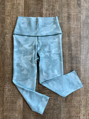 WITH High Waist Capri (Mint Heather Camo)
