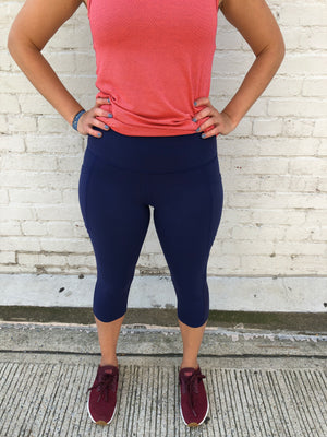 Oiselle Triple Threat Capris (Grounded)