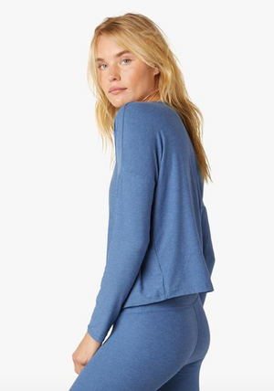 Beyond Yoga Morning Light Pullover (Washed Denim)