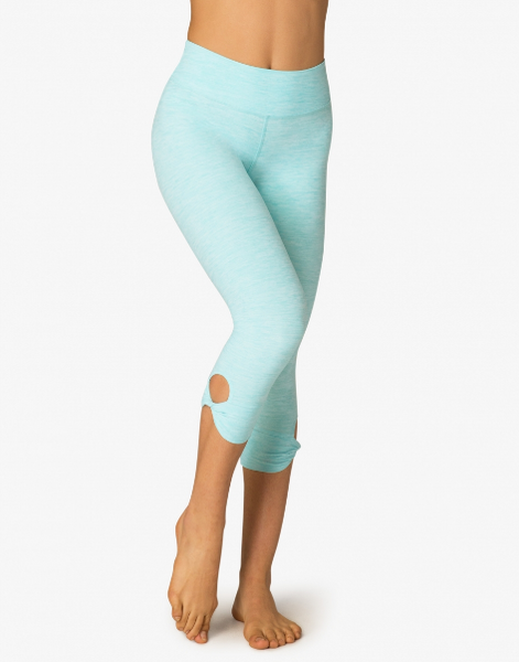 Beyond Yoga Twist And Shout Capri Legging (White Tahiti Teal)