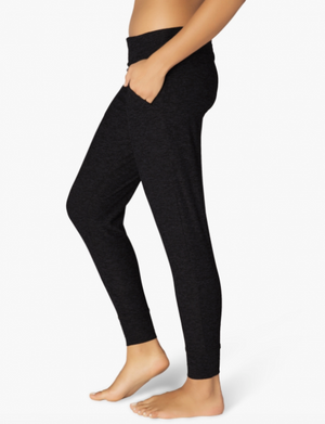 Beyond Yoga Everlasting Lightweight Sweatpant (Darkest Night)