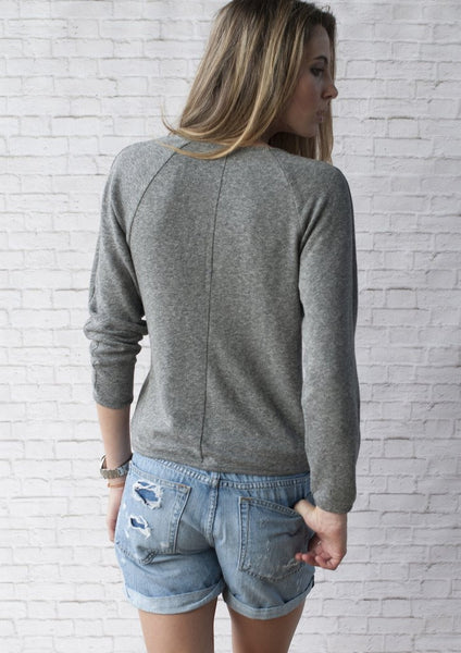 Road 22 Vega Sweatshirt (Medium Grey)
