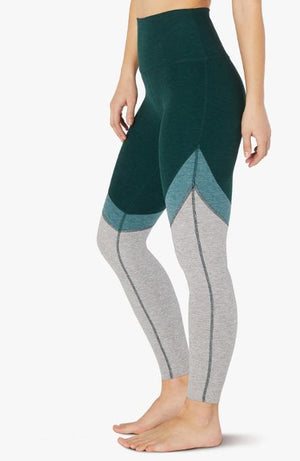 Beyond Yoga Tri-Panel Midi Legging (Hunter Green)