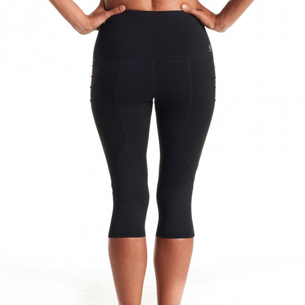Oiselle New Aero Capris (Black)