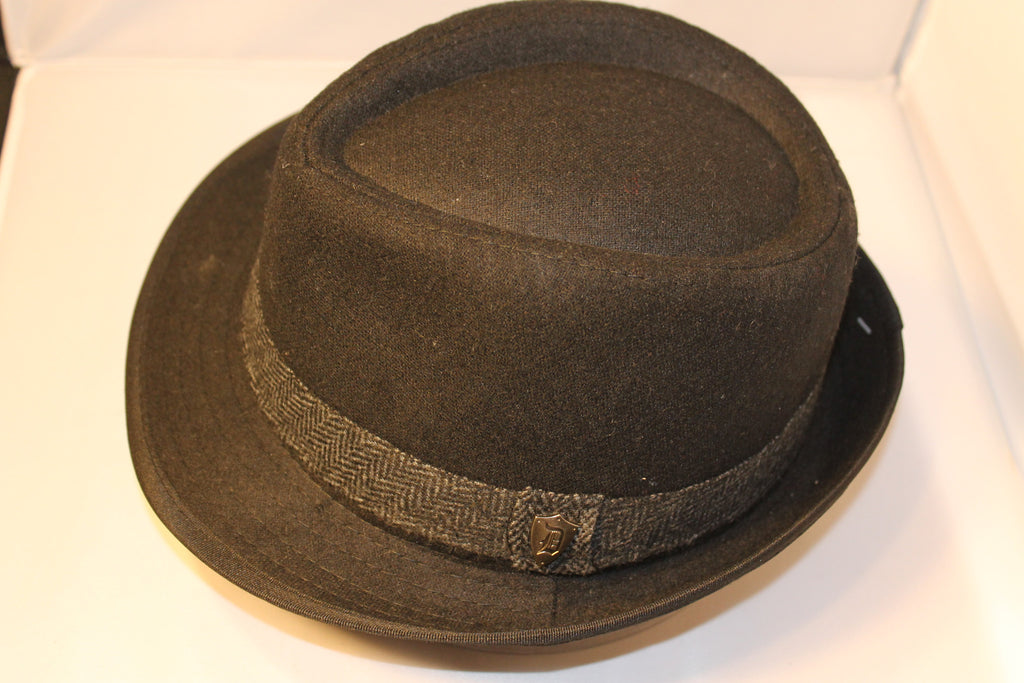 Dorfman Pacific Fedora With Herringbone Band