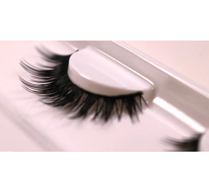 XOBEAUTY THE BRAVE FALSE LASHES Glam Raider