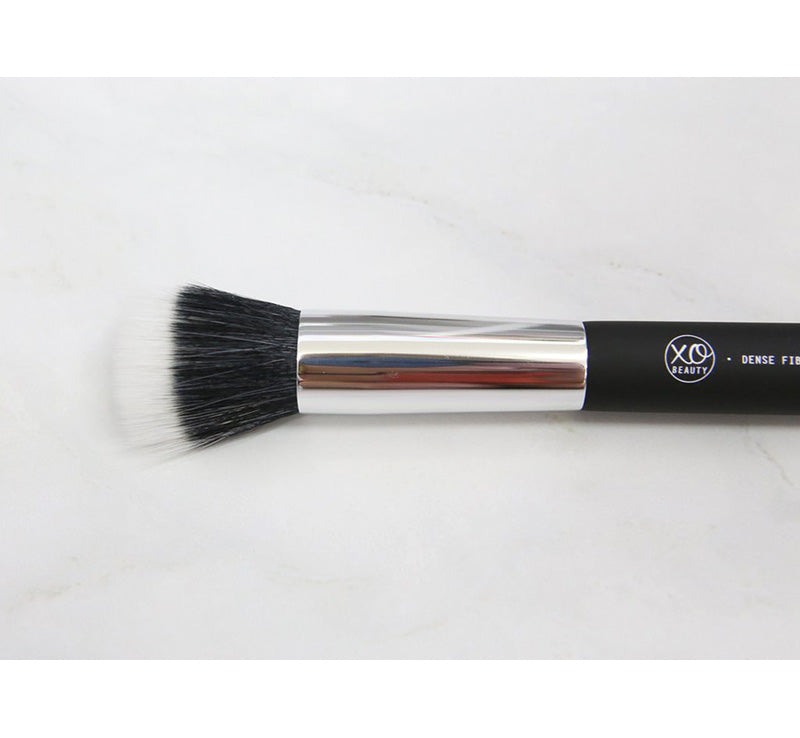 XOBEAUTY DENSE FIBRE BRUSH Glam Raider