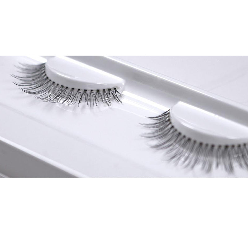 XOBEAUTY THE GIRL NEXT DOOR FALSE LASHES Glam Raider