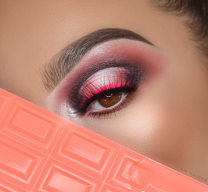 I HEART REVOLUTION CHOCOLATE & PEACHES CHOCOLATE PALETTE Glam Raider