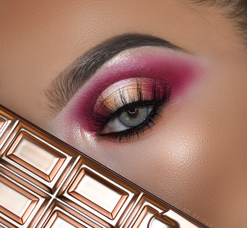 I HEART REVOLUTION CHOCOLATE ELIXIR CHOCOLATE PALETTE Glam Raider