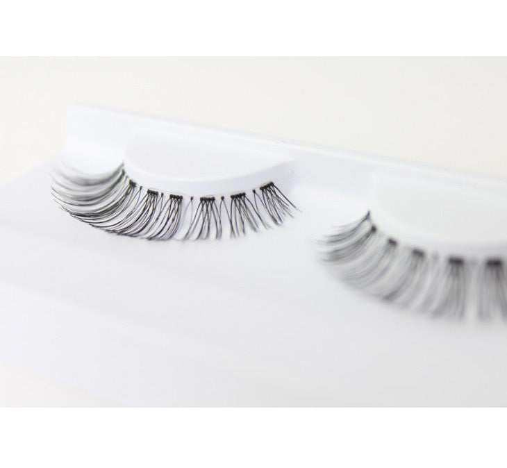 THE ROMANTIC FALSE LASHES