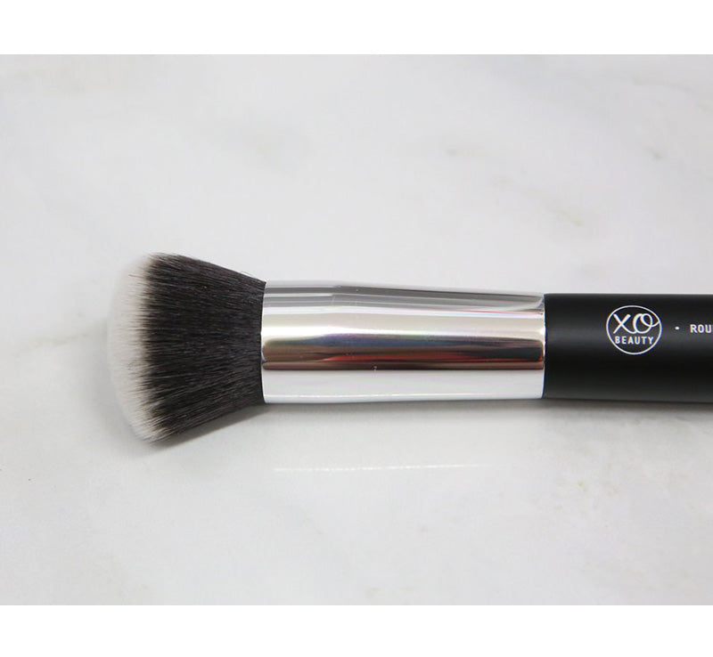 XOBEAUTY ROUND FACE BRUSH Glam Raider