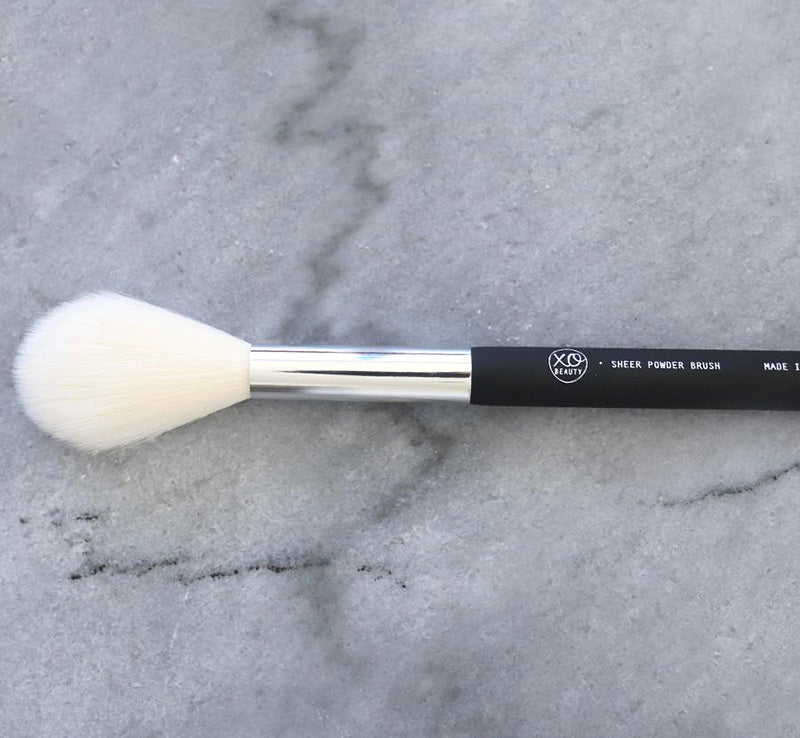 XOBEAUTY SHEER POWDER BRUSH Glam Raider