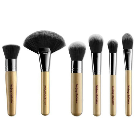 THE LUXURY FACE BRUSH SET