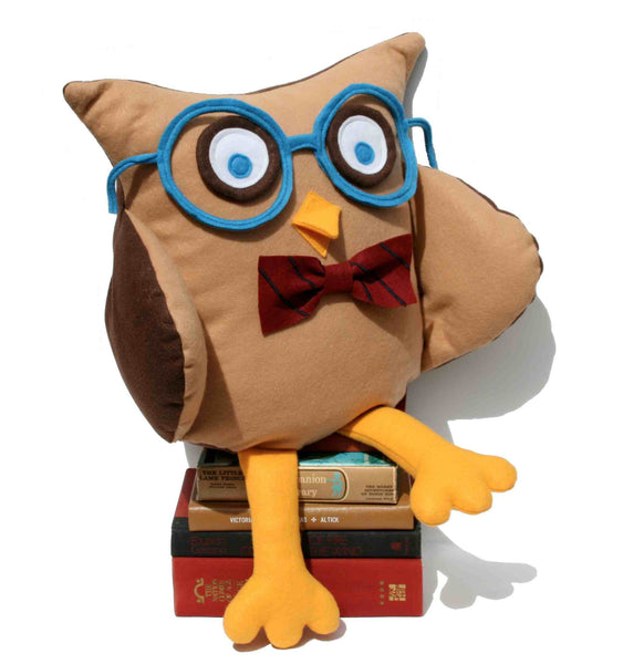 Oliver - A Slightly Geeky Owl 16 inch pillow cover - Studio Arethusa  - 1