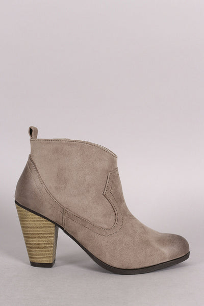 Qupid Cowgirl Burnished Ankle Boots